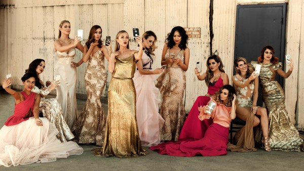 Vita Liberata & LA Influencers recreate Vanity Fair Hollywood Edition Cover